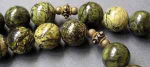Камень змеевик - свойства лечебные магические знак зодиака