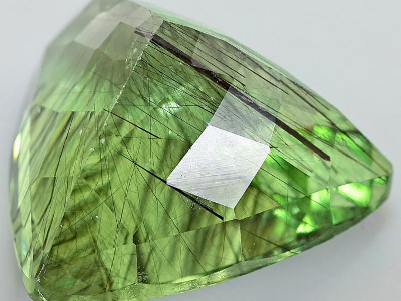 как будет камень хризолит фото свойства и значение просто