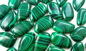 Магические и целебные свойства зелёного малахита