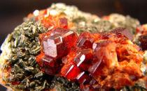 Лечебные и магические свойства камня гранат